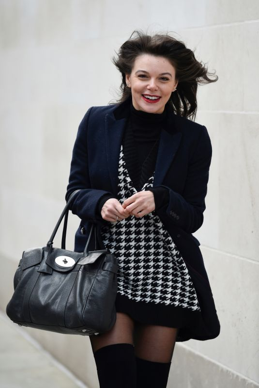 FAYE BROOKES Leaves Evelyn House of Hair and Beauty in Manchester 12/24/2020