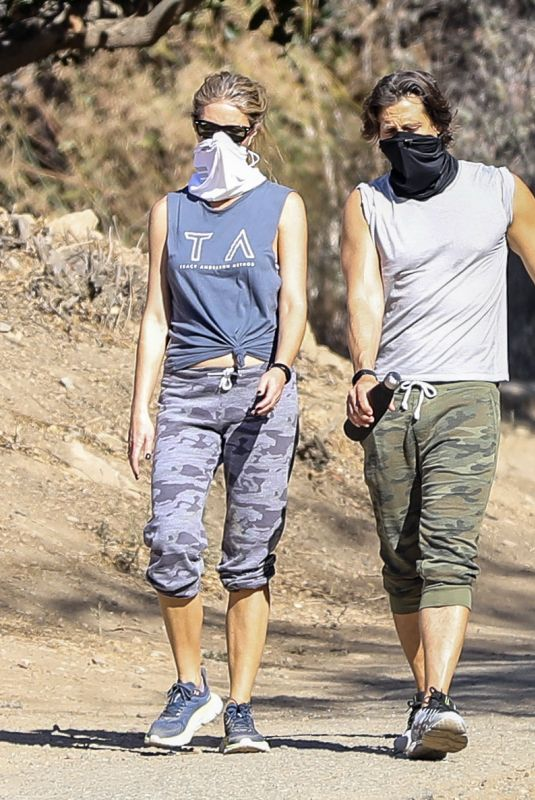 GWYNETH PALTROW and Brad Falchuk Out Hiking in Los Angeles 12/05/2020