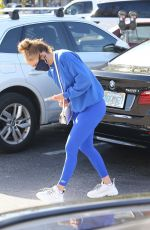 JENNIFER LOPEZ Out and About in Miami 12/23/2020