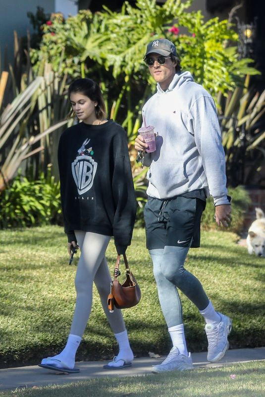 KAIA GERBER and Jacob Elordi Out in Santa Monica 12/08/2020