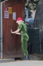 KRISTEN BELL Outside Her New House in Los Feliz 12/06/2020