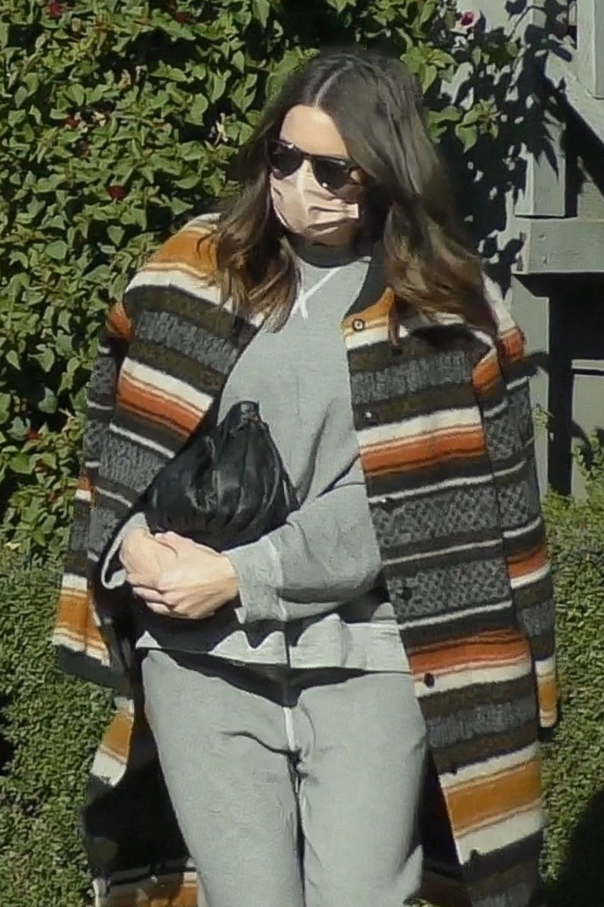 MANDY MOORE Leaves Her Acupuncture Clinic in Los Angeles ...