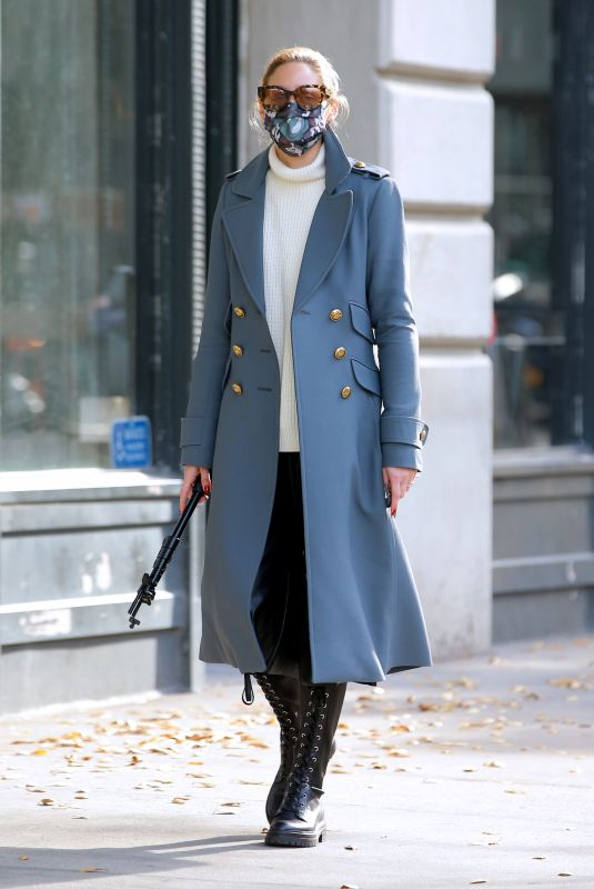 OLIVIA PALERMO Wearing a Mask Out in New York 12/13/2020