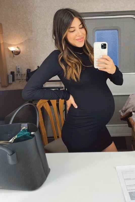Pregnant DANIELLA MONET – Instagram Photos 12/22/2020