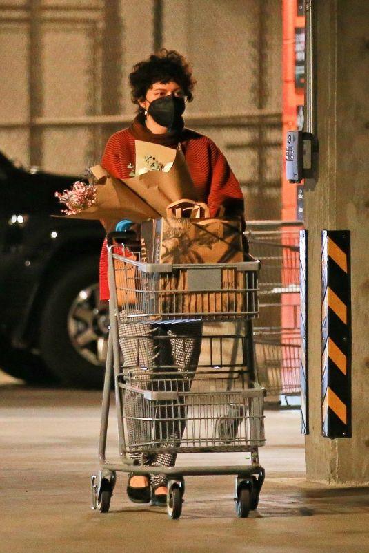 ALIA SHAWKAT Shopping at Erewhon Market in Los Angeles 01/21/2021