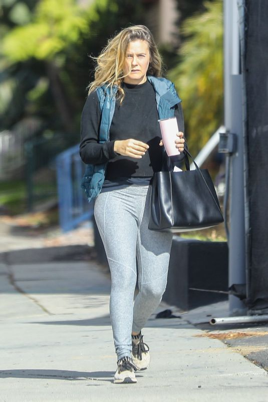 ALICIA SILVERSTONE Leaves a Private Workout Class in West Hollywood 01/25/2021