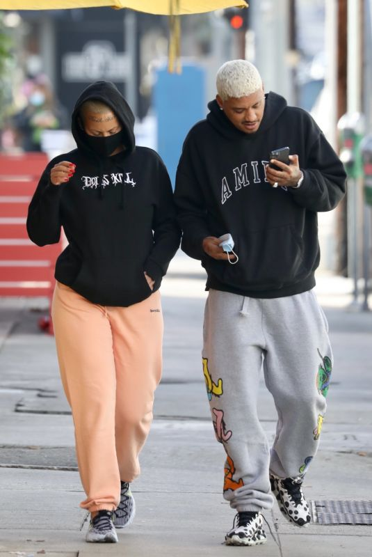AMBER ROSE and Alexander Edwards Out for Lunch in Los Angeles 01/07/2021