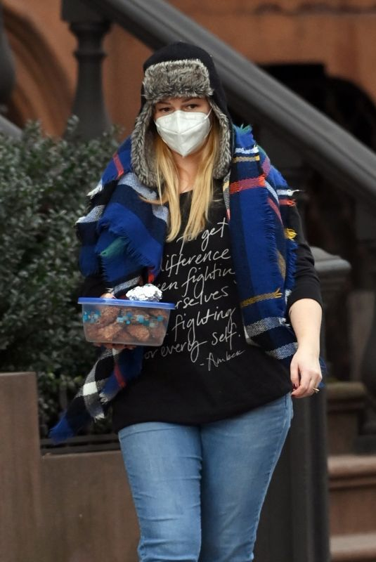 AMBER TAMBLYN Leaves Her Home in New York 12/30/2020