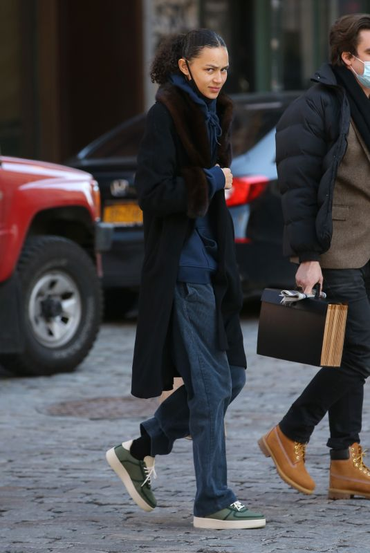 BINX WALTON Out for Lunch in New York 01/28/2021