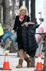 CATE BLANCHETT on Set fo Don