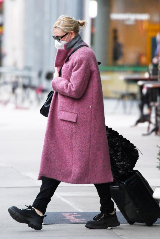 CATE BLANCHETT Out in New York 01/25/2021