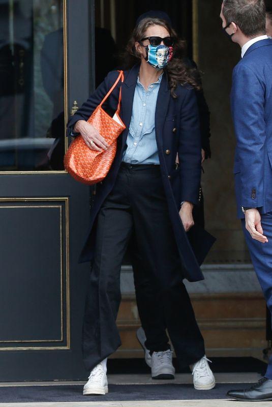 CHRISTY TURLINGTON Leaves Her Hotel in Paris 01/28/2021