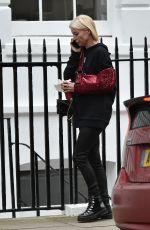 DENISE VAN OUTEN Leaves a Clinic in London 01/26/2021