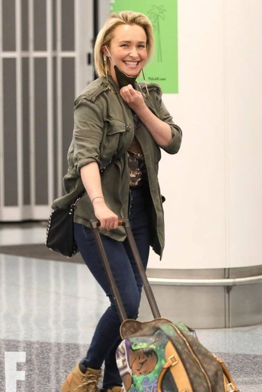 HAYDEN PANETTIERE Arrives at LAX Airport 01/26/2021
