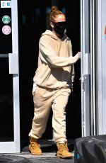 JENNIFER LOPEZ Leaves a Gym in Miami 01/28/2021