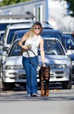 KATE HUDSON Out with Her Dog in Pacific Palisades 01/14/2021