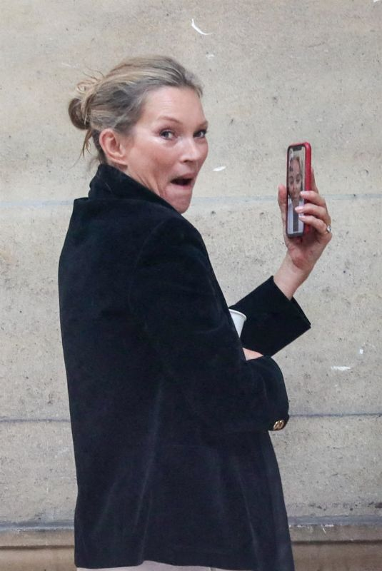 KATE MOSS Leaves Fendi Fashion Show in Paris 01/27/2021