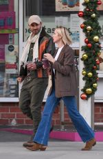 KELLY RUTHERFORD Out and About in Beverly Hills 01/11/2021