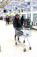 LEILANI DOWDING Shopping at Tesco in Staffordshire 01/15/2021