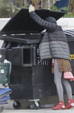 LONI WILLISON Digging Through Dumpsters in Venice Beach 01/12/2021