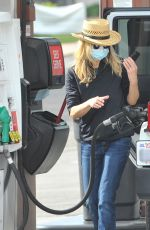 MAG RYAN at a Gas Station in Los Angeles 01/12/2021