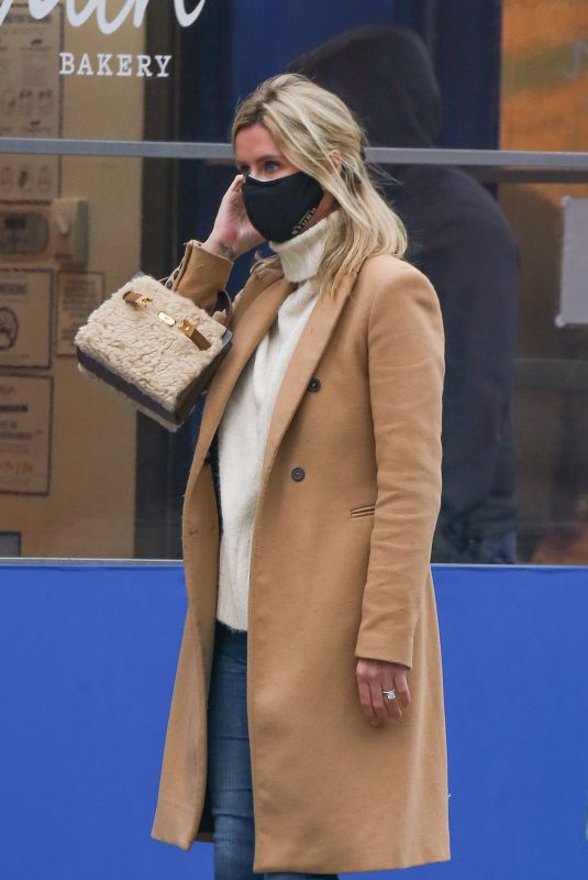 NICKY HILTON Out in New York 01/15/2021