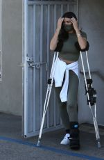 NICOLE WILLIAMS Leaves a Physical Therapy Clinic in West Hollywood 01/21/2021