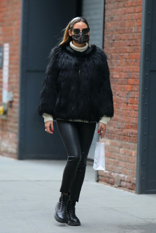 OLIVIA PALERMO Out in New York 01/11/2021