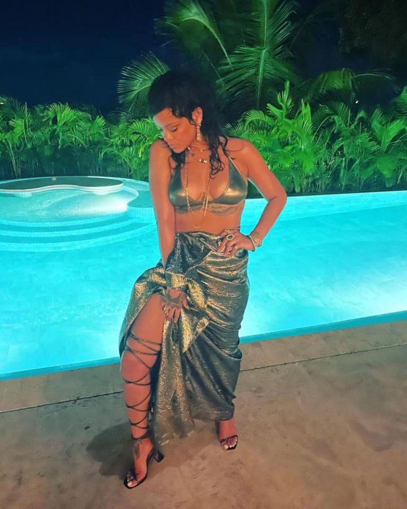 Rihanna 2021