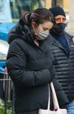 SELENA GOMEZ on the Set of Murders in the Building in New York 01/20/2021