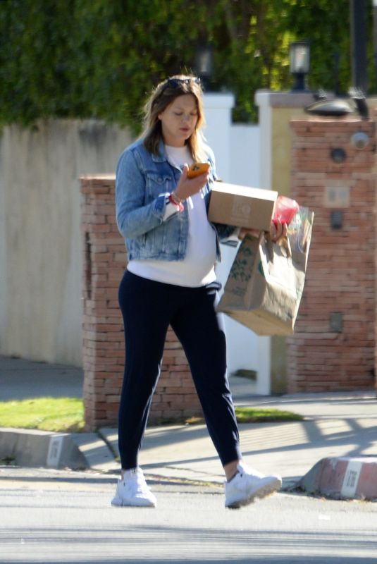 AMANDA PACHECO Out Shopping on Valentine's Day in Los Angeles 02/14/2021
