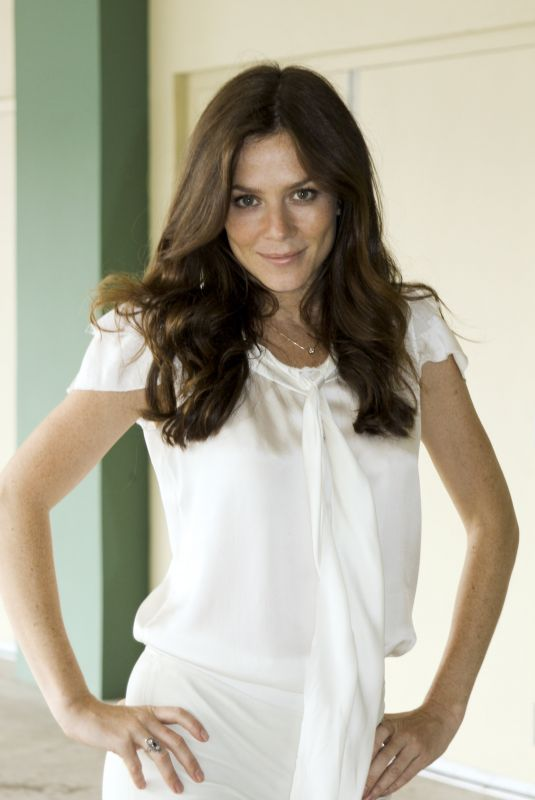 ANNA FRIEL at Land of the Lost Press Conference 05/29/2009
