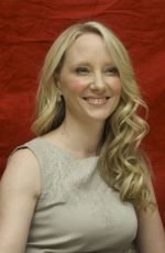 ANNE HECHE at Hung Press Conference 08/25/2009