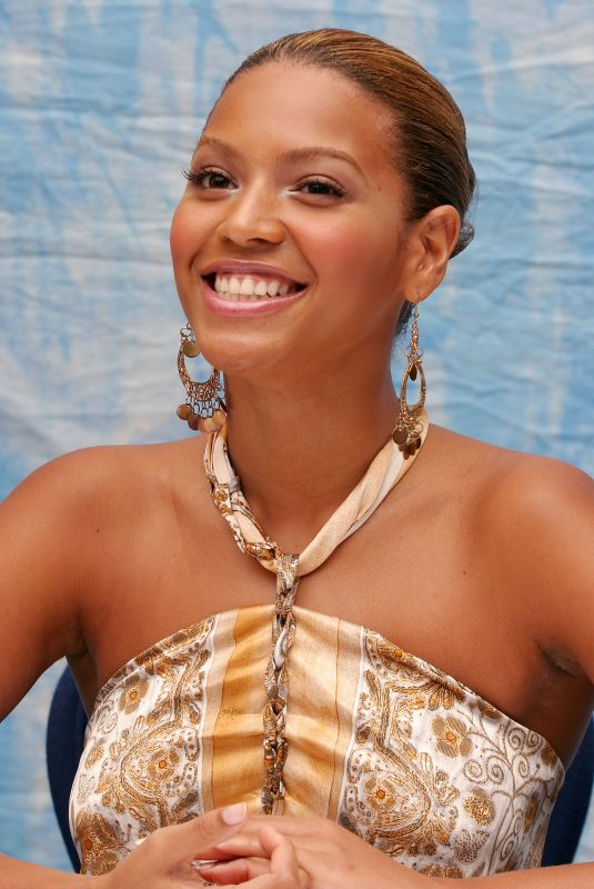 BEYONCE at The Fighting Temptations Press Conference 08/25/2003