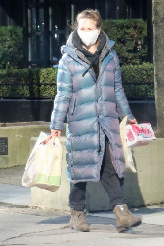 BRITT ROBERTSON Out Shopping in Vancouver 02/07/2021