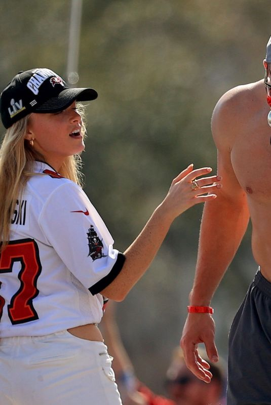 CAMILLE KOSTEK at Tampa Bay Buccaneers Victory Boat Parade in Tampa 02/10/2021