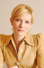 CATE BLANCHETT at The Aviator Press Conference 11/20/2004