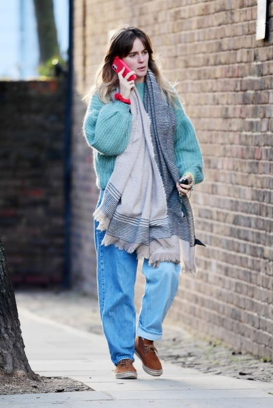 CRESSIDA BONAS Out and About in Notting Hill 02/20/2021