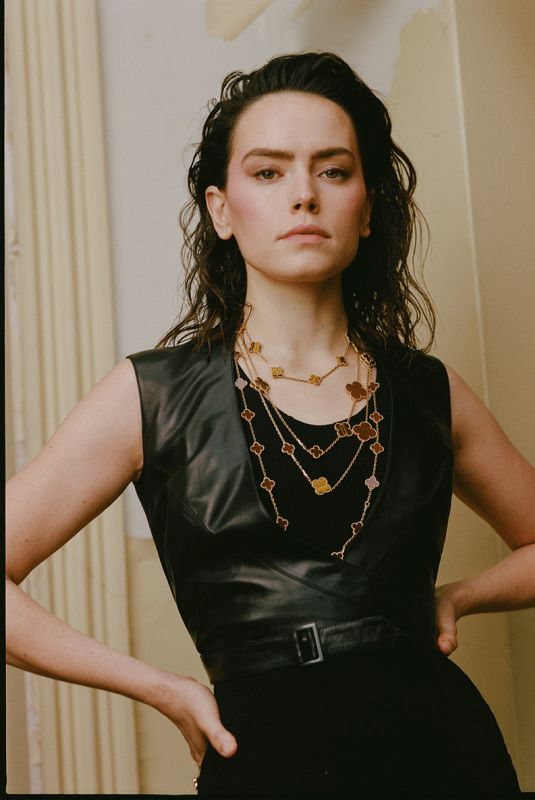 DAISY RIDLEY for Who What Wear, February 2021