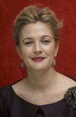 DREW BARRYMORE at Grey Gardens Press Conference 04/17/2009