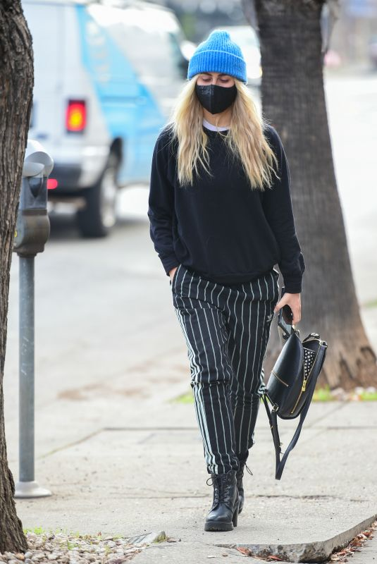 EMMA SLATER Out and About in Los Angeles 02/05/2021