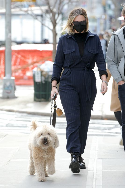 """GEORGINA BURKE Out with Her Dog in New York"""" 02/16/2021"""