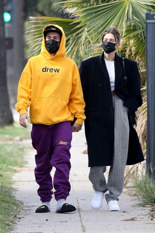 HAILEY and Justin BIEBER Out and About in Los Angeles 02/13/2021