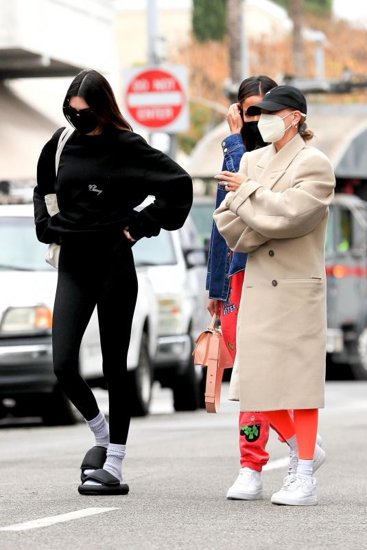 HAILEY BIEBER and KENDALL JENNER Out for Lunch in West Hollywood 02/01/2021