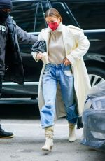 HAILEY BIEBER Leaves Her Apartment in New York 02/22/2021