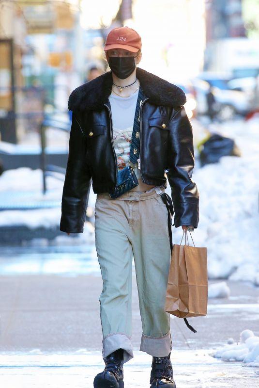 HUNTER SCHAFER Arrives at Her Hotel in New York 02/04/2021