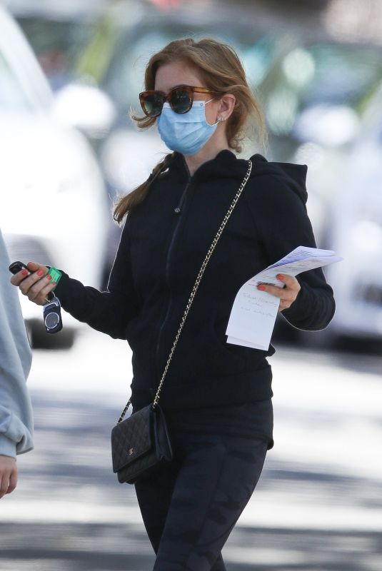 ISLA FISHER Leaves Doctor's Office in Sydney 02/16/2021