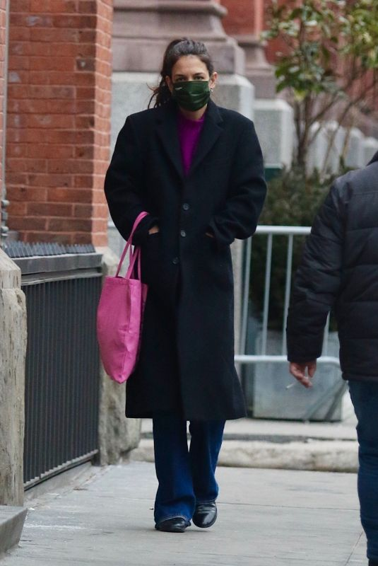 KATIE HOLMES Out and About in New York 02/15/2021