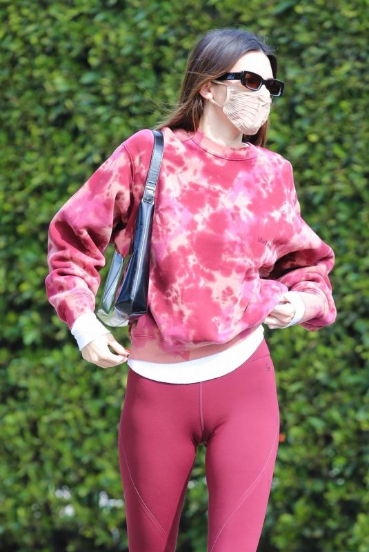 KENDALL JENNER Leaves a Private Gym in Los Angeles 01/31/2021