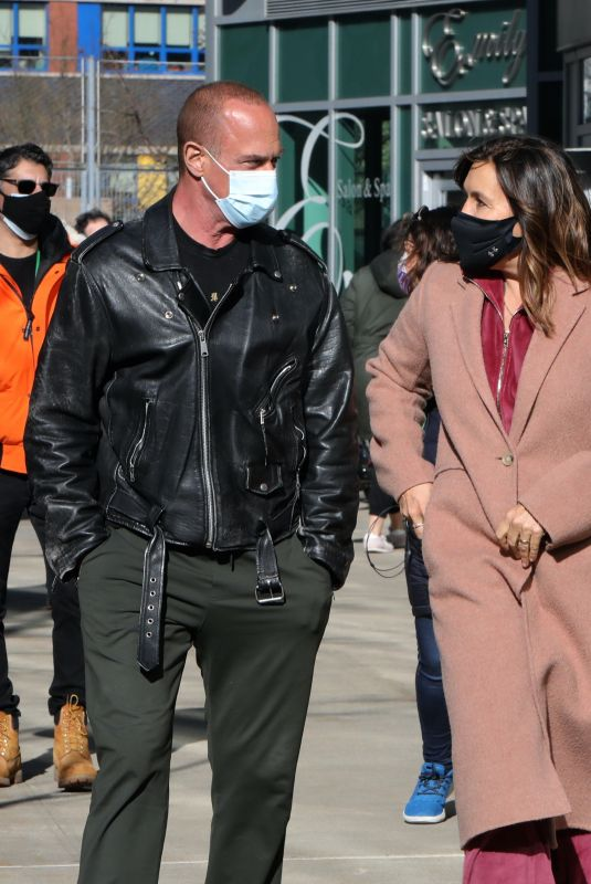 MARISKA HARGITAY and Christopher Meloni on the set of Law and Order – Organized Crime in New York 02/26/2021